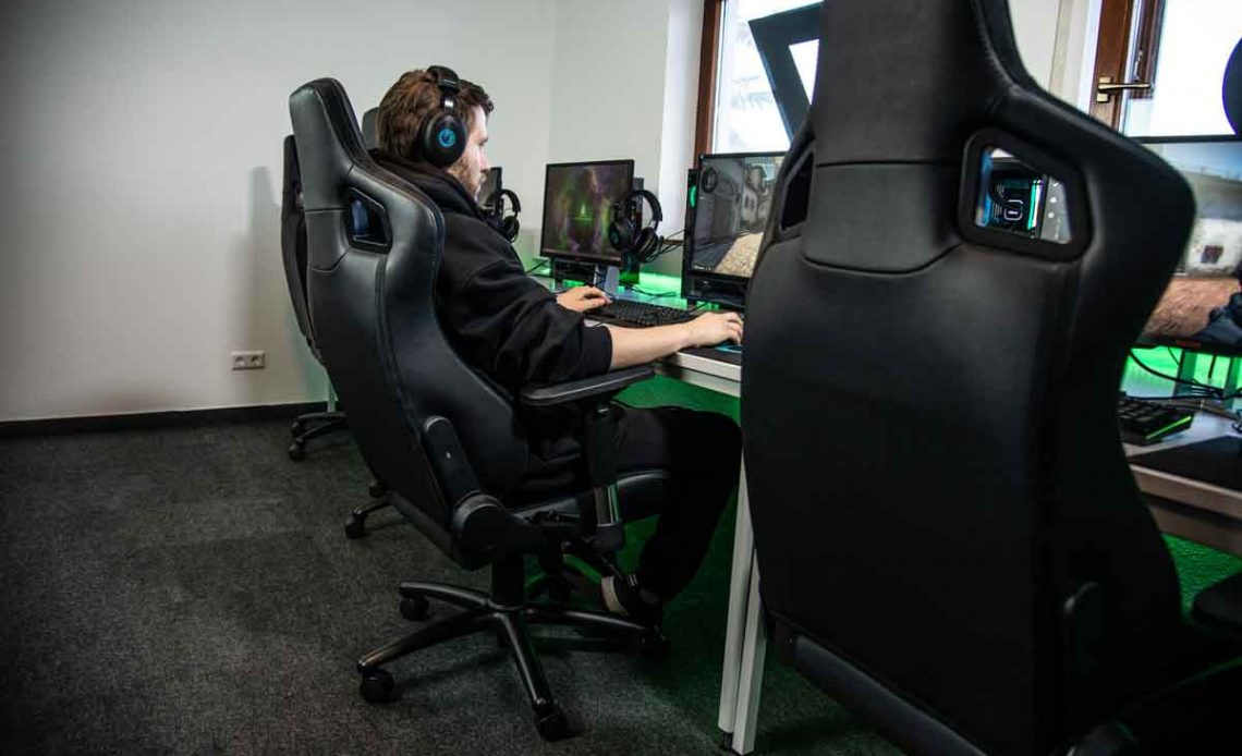 ideal-razer-gaming-chairs-of-21st-century
